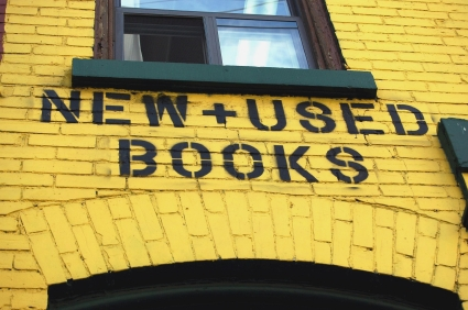 Don't Do These 5 Things if You Want to Prevent Bookstores From Becoming a Thing of the Past